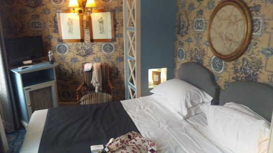 Hotel des Grands Hommes: Superior Balcony room 5th Floor, Spectacular!