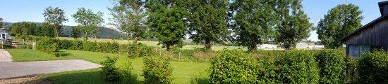 Hauteville-Lompnes, Frankreich: 20160626_084338_large.jpg