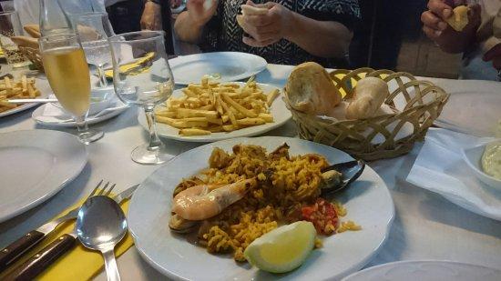 Buenavista del Norte, Espagne : Spännande mat och familjär stämning, god service och bra prisnivå.