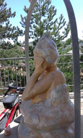 Camo, Italië: scultura