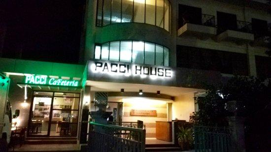 Palompon, Filipinler: Facade