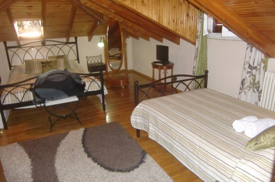 Pension Filyra : The bedroom in the top apartment
