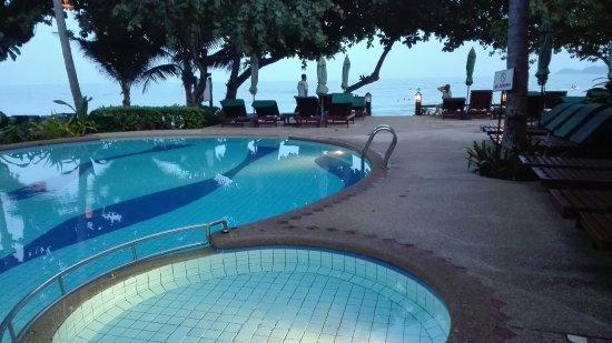 Baan Chaweng Beach Resort & Spa: IMG_20160702_184726_large.jpg