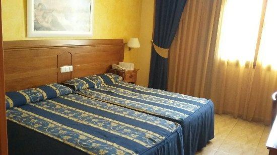Hotel Carlos I: 20160702_125017_large.jpg