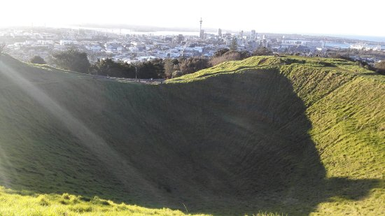 Mount Eden: IMG_20160702_162632_large.jpg