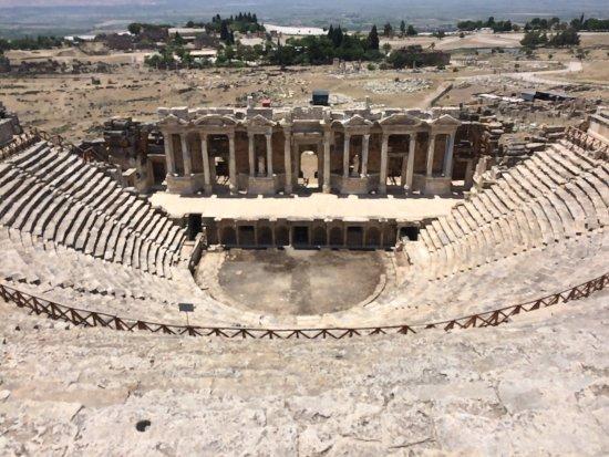 Hierapolis Arkeoloji Muzesi
