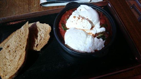 Jones the Grocer - Al Mamoura : Turkish eggs special...