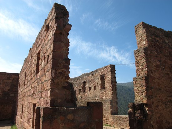 Vilafamés, España: Los muros resistieron las guerras carlistas