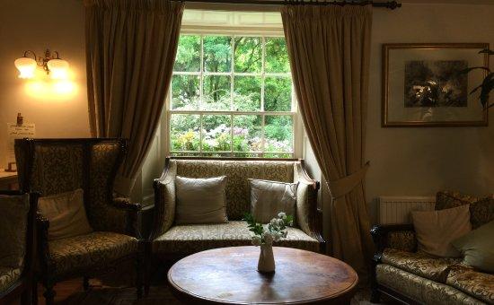 Biggin-by-Hartington, UK: The lounge