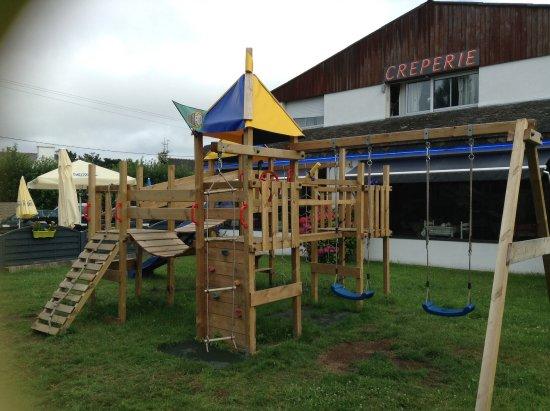 Bono, فرنسا: Structure de jeux pour enfants