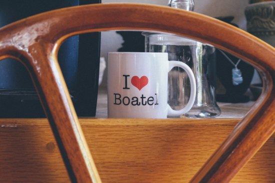 Making Waves Boatel: Love the 'help yourself' Coffee Bar