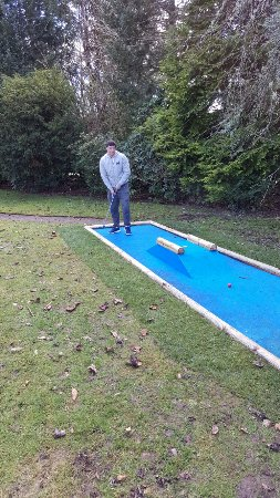 ‪Inverness Crazy Golf‬