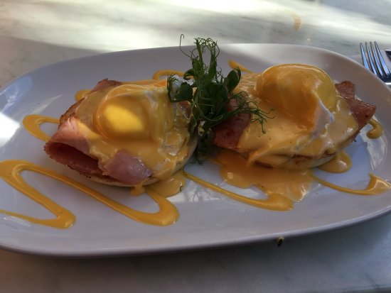 Lower Hutt, Yeni Zelanda: Eggs benedict