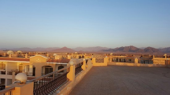 Egyptian Experience Sharm el-Sheikh: 20160502_061923_large.jpg