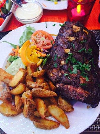 Best Albufeira restaurants - Shows Shalom II restaurant