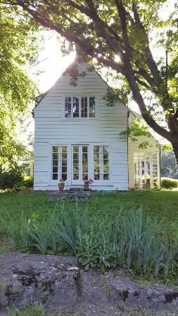 Four Mounds Inn B&B: 20160701_175005_large.jpg