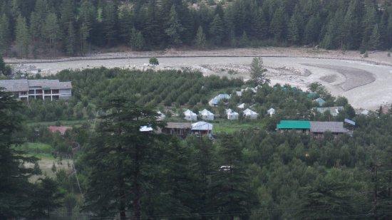 Banjara Camp &  Retreat - Sangla Valley Camp: The entire Banjara camp from the road