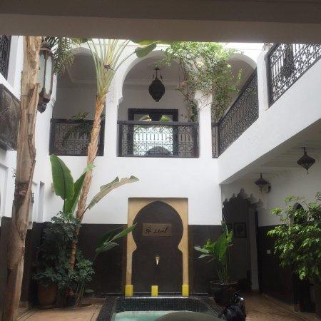 Riad Amanza: Vista interna della RIAD