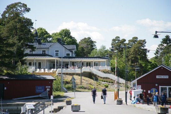 Vikbolandet, Σουηδία: Från hamnen