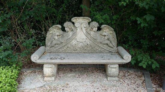 Il giardino degli angeli foto di il giardino degli angeli castel san pietro terme tripadvisor - Il giardino degli angeli ...