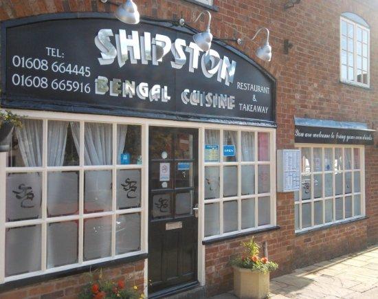 Shipston on Stour, UK: Shop front