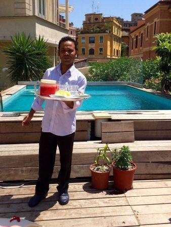 Palm Gallery Hotel: Watermelon juice