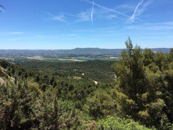 Merindol, Francja: Zone la plus étroite et spectaculaire des gorges puis vue dégagée sur la Durance en fin de rando