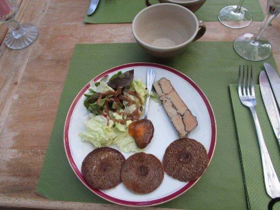 Pluvigner, Prancis: Entrée du menu royal, foie gras mais on