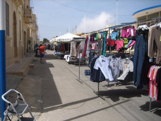 Gharb Folklore Museum: Saturday market day once a month