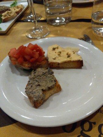 Montespertoli, İtalya: Crostini