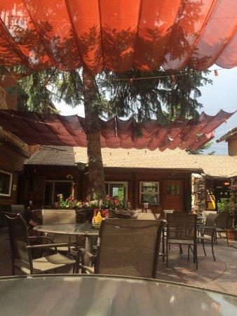 Nottinghams Tavern: photo3.jpg