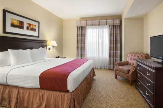 Country Inn & Suites By Carlson, Albany: King Bed Suite