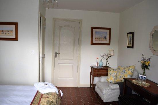 Hambye, Франция: Double ensuite bedroom