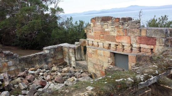 Saltwater River, Australia: Coal Mine ruins