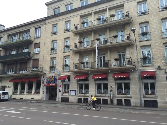 Img 20160410 105341 picture of le royal hotel for Hotels troyes