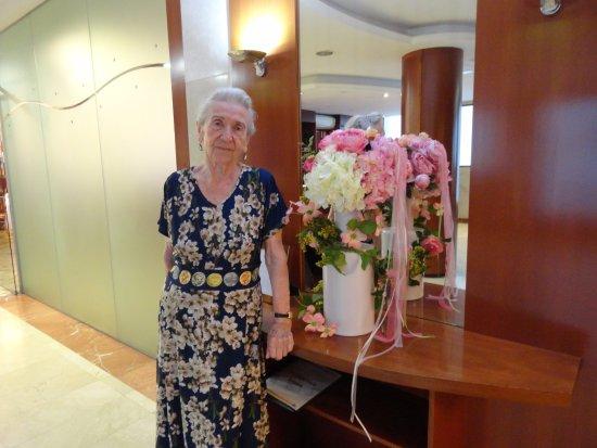 Haromar Hotel: Путешественница 87 лет
