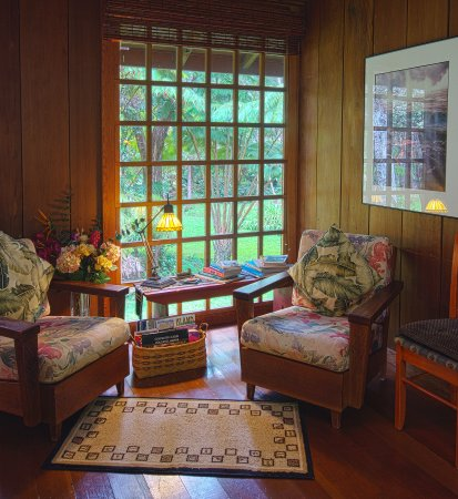 Crater Rim Cabin: Living room window looks out on hapuu ferns and koa trees.