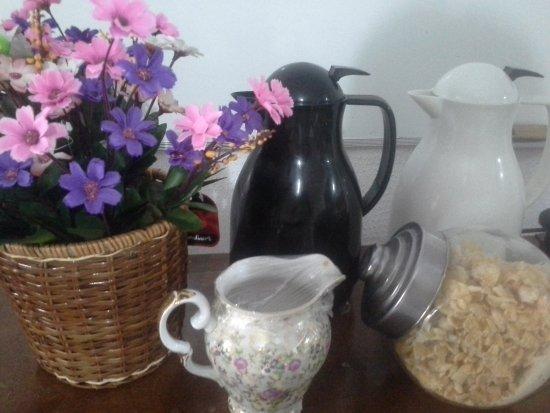 Pousada Sereia de Geriba : cafe da manha
