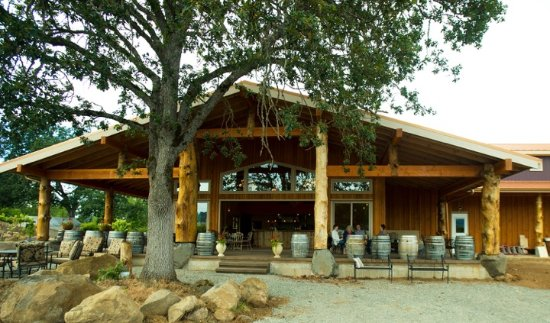 Hood Crest Winery and Distillers