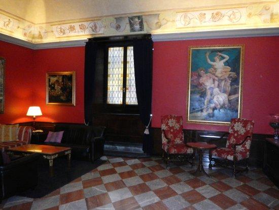 B4 Astoria Firenze: UN DES SALONS