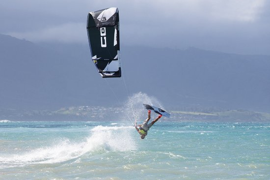 Kiteboarding School of Maui: KSM features top of the line new CORE kites and boards