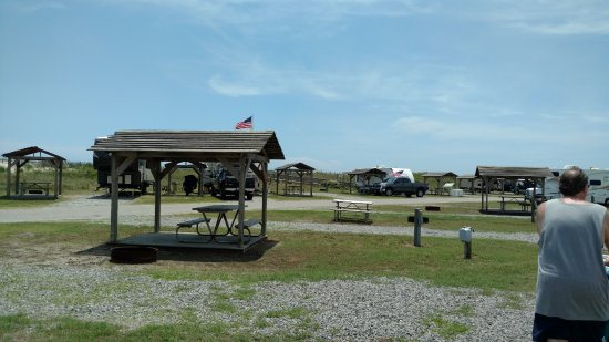 Rodanthe, NC: PICNIC TABLES ON CAMPSITES WITH ROOFS