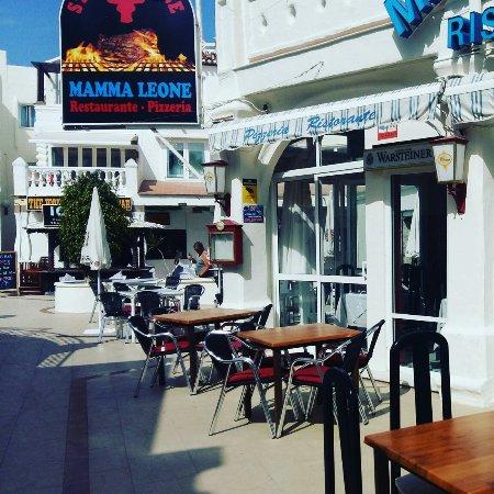 Mamma Leoni S Italian Restaurant