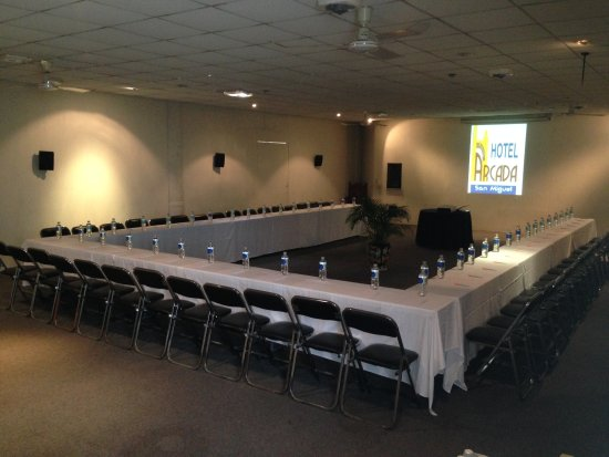 Arcada San Miguel : Salón Para conferencias