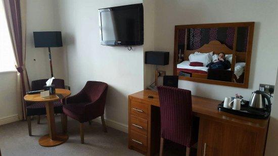The Boleyn Hotel: received_1228933230452980_large.jpg