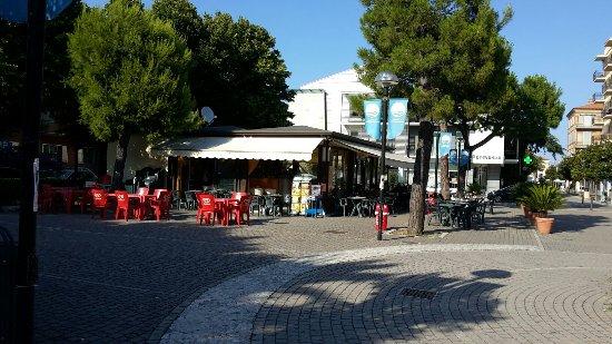 Porto Potenza Picena, Italy: Maritozzo Cafè