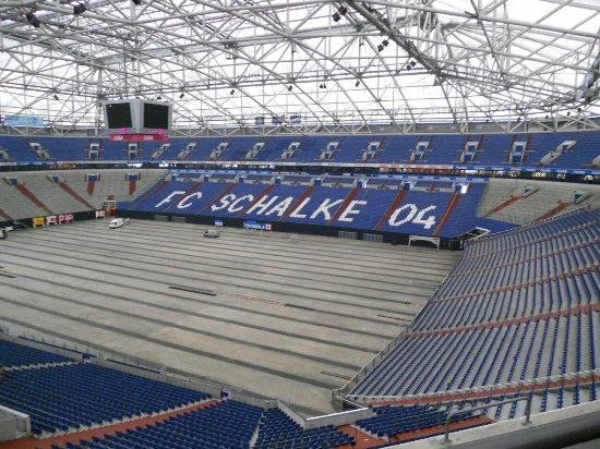 auf schalke picture of veltins arena gelsenkirchen. Black Bedroom Furniture Sets. Home Design Ideas