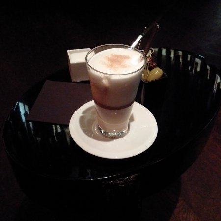 Roomers Bar : leckerer Kaffee