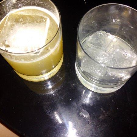Roomers Bar : übergroße Eiswürfel und lieblos serviert...