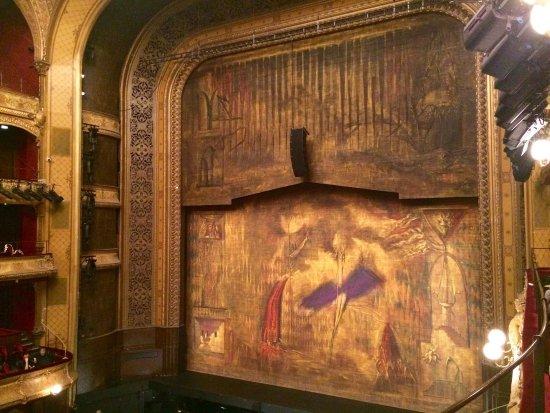 Chatelet - Theatre Musical de Paris: photo3.jpg